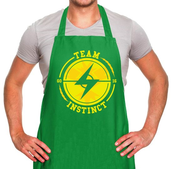 Team Instinct GO Apron
